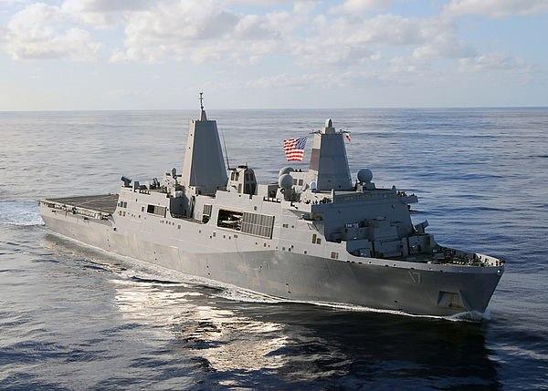 USS San Antonio (LPD-17) 2003